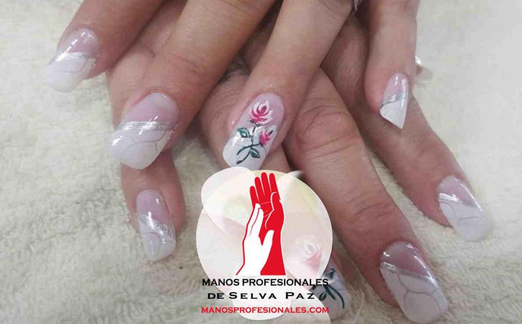 Curso de decoración de uñas por Niselli Nail Art. Apliques, Piedras y Combinación de Accesorios Decoración y Fantasía para toda ocasión